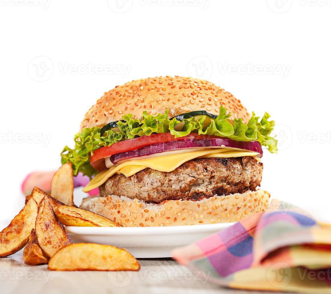 färsk hamburgare snabb lunchmåltid foto