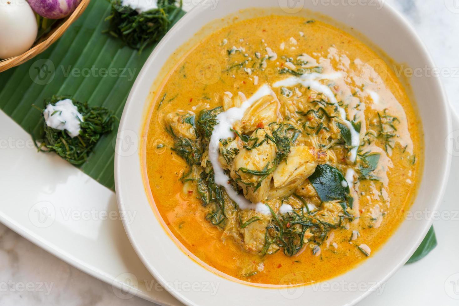 kryddig krabba curry soppa foto