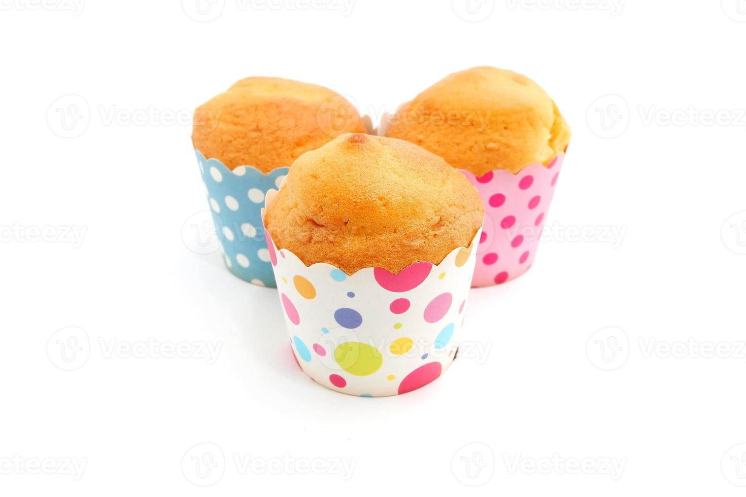 färska bakade muffins foto