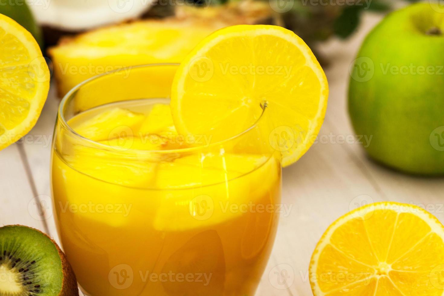 uppfriskande juice foto