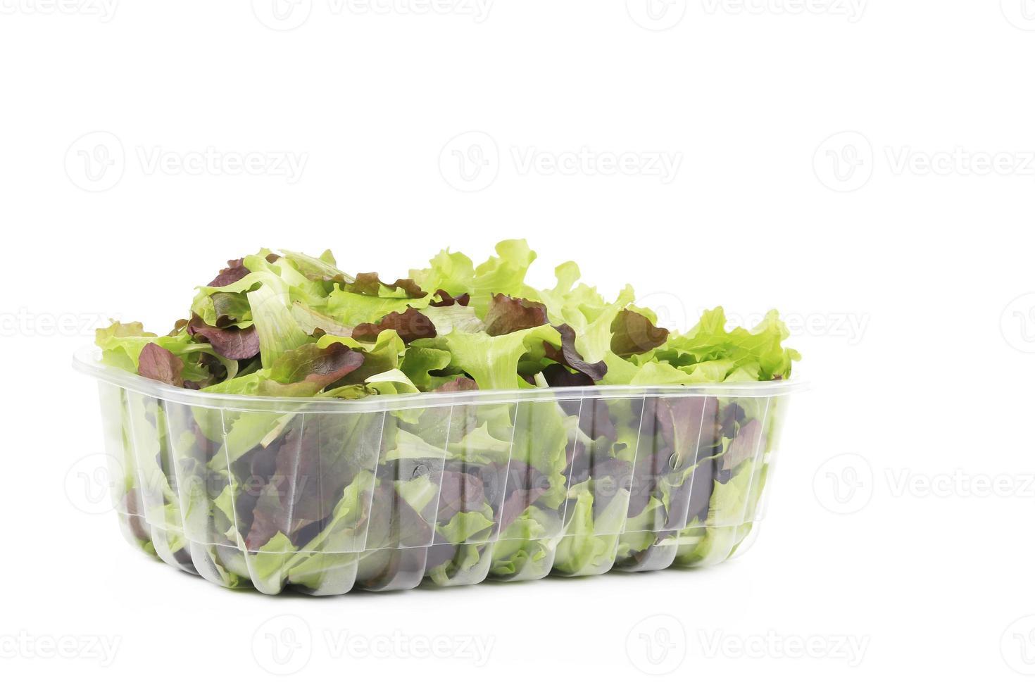 färska blandade salladsblad. foto