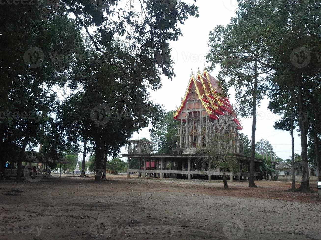 tempel under konstruktion foto
