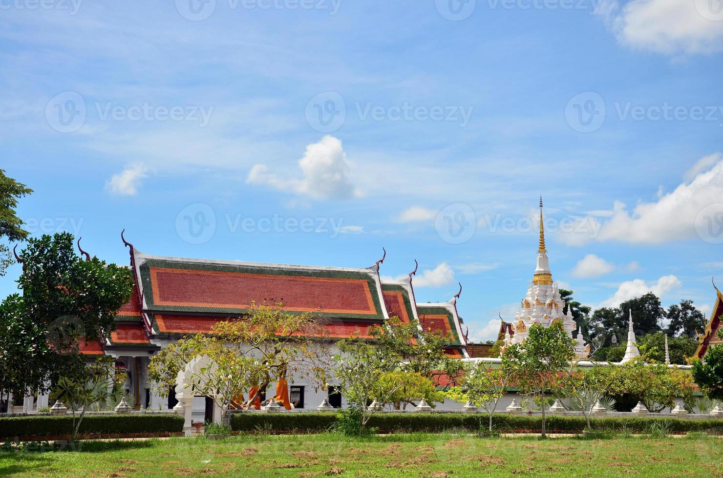 wat phra borommathat chaiya tempel på surat thani foto