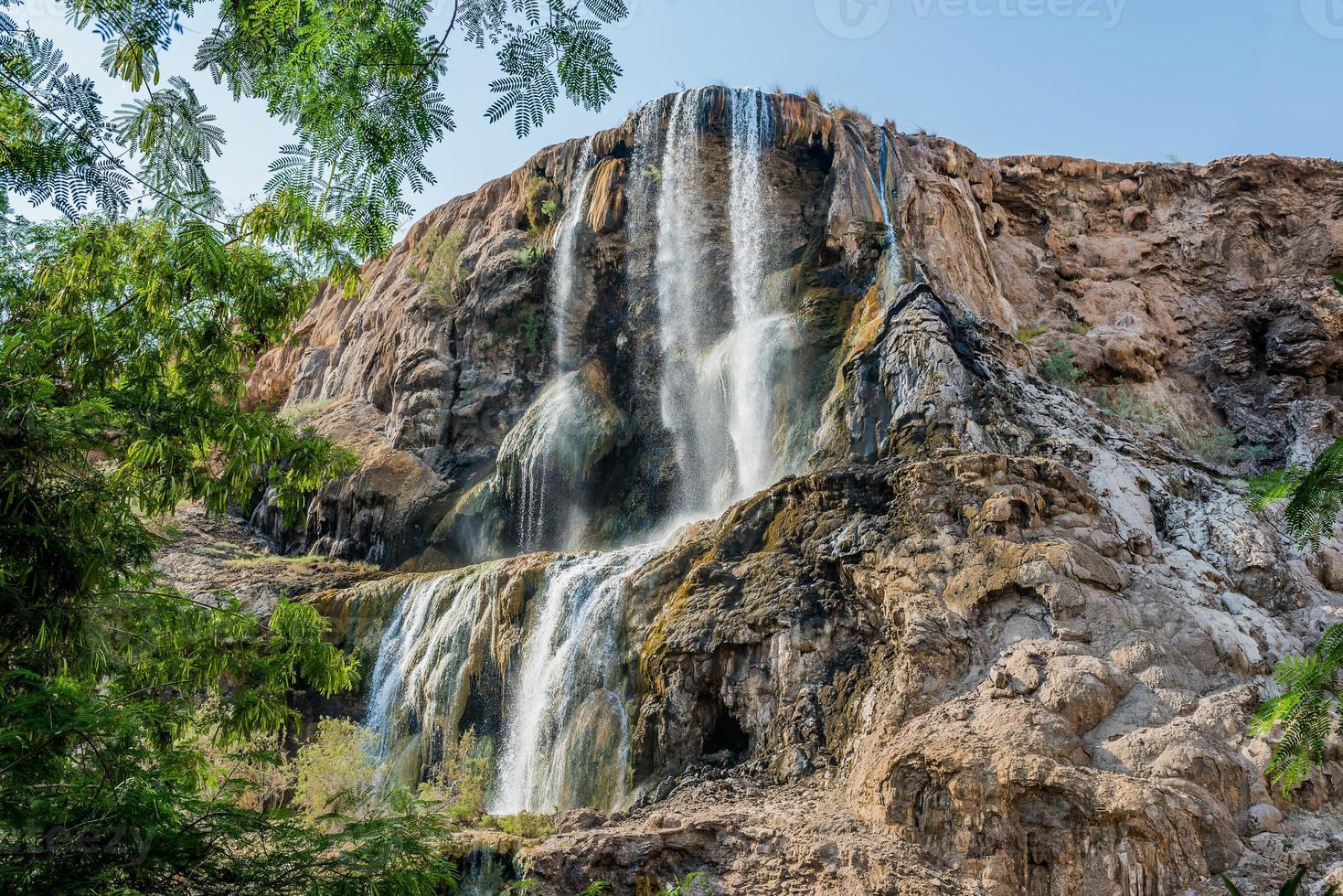 ma'in heta källor vattenfall Jordanien foto