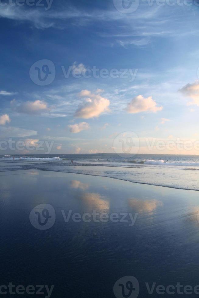 himmel i spegel foto