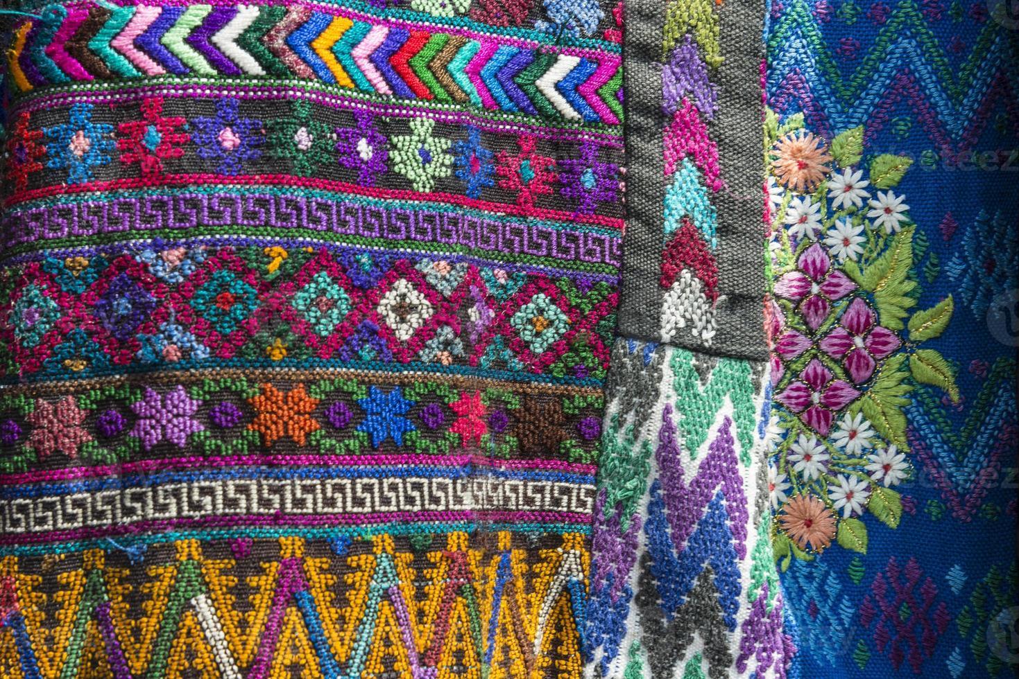 traditionellt handgjort guatemalanskt tyg foto
