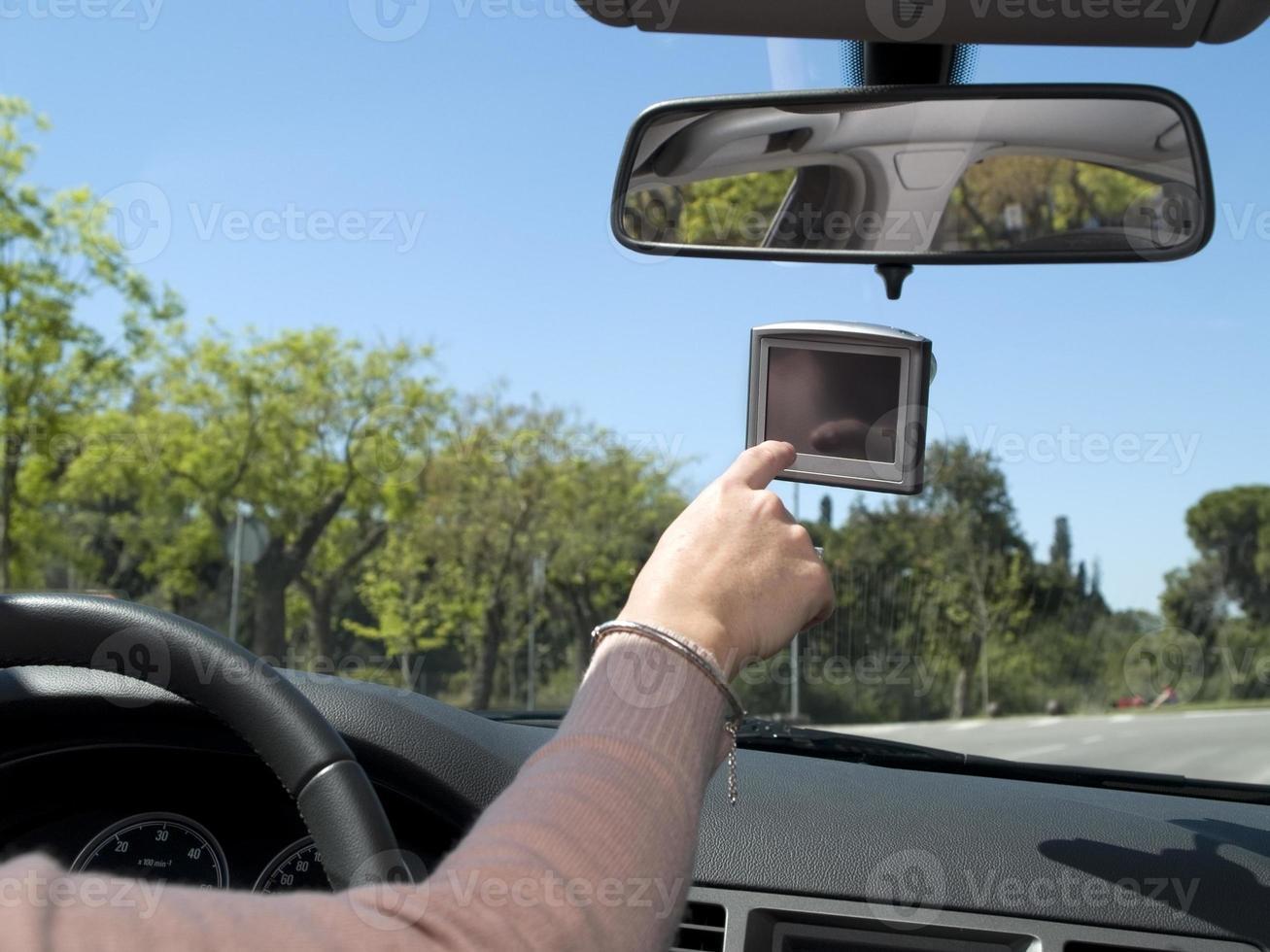 kvinna med en GPS foto