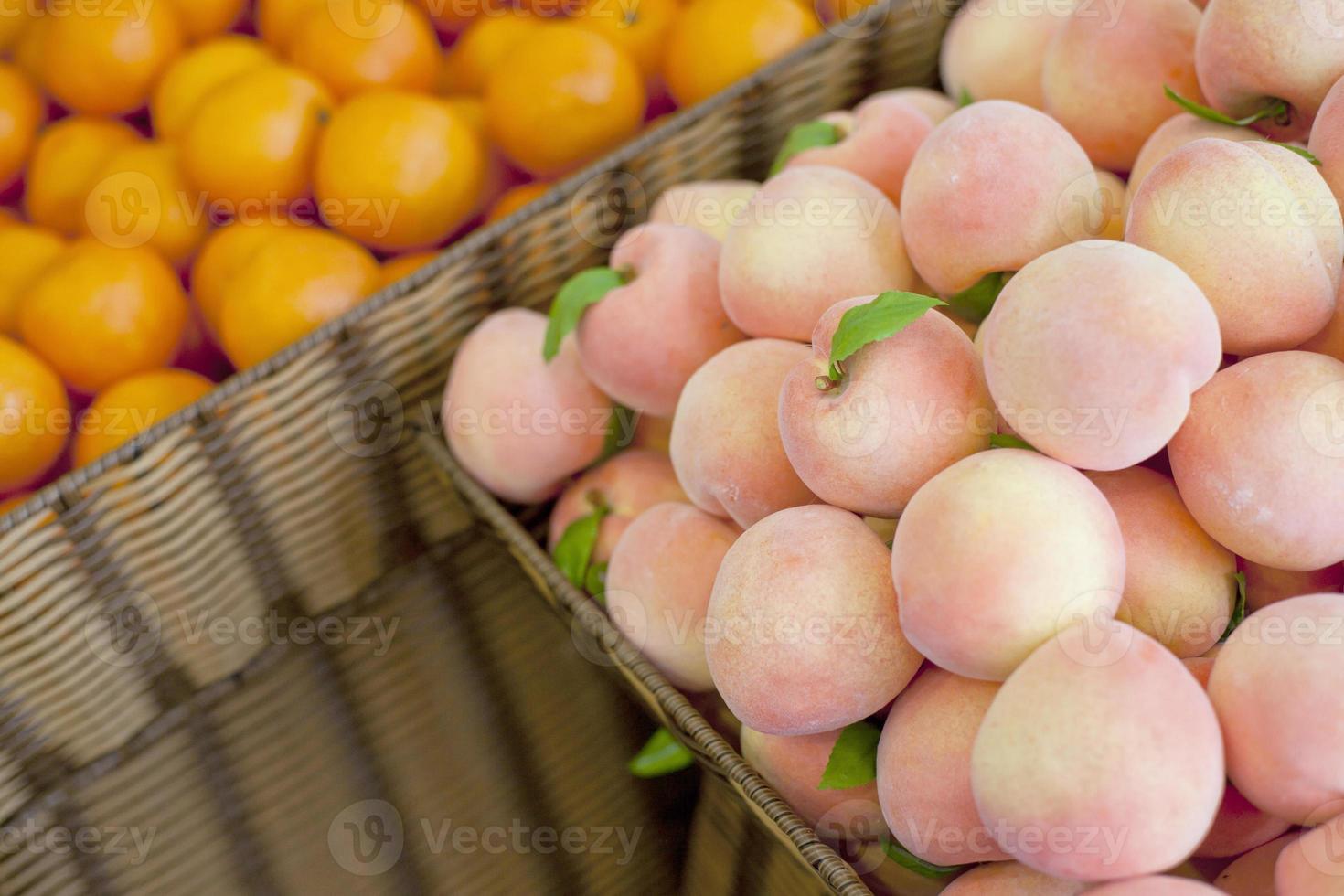 färsk frukt, persika foto