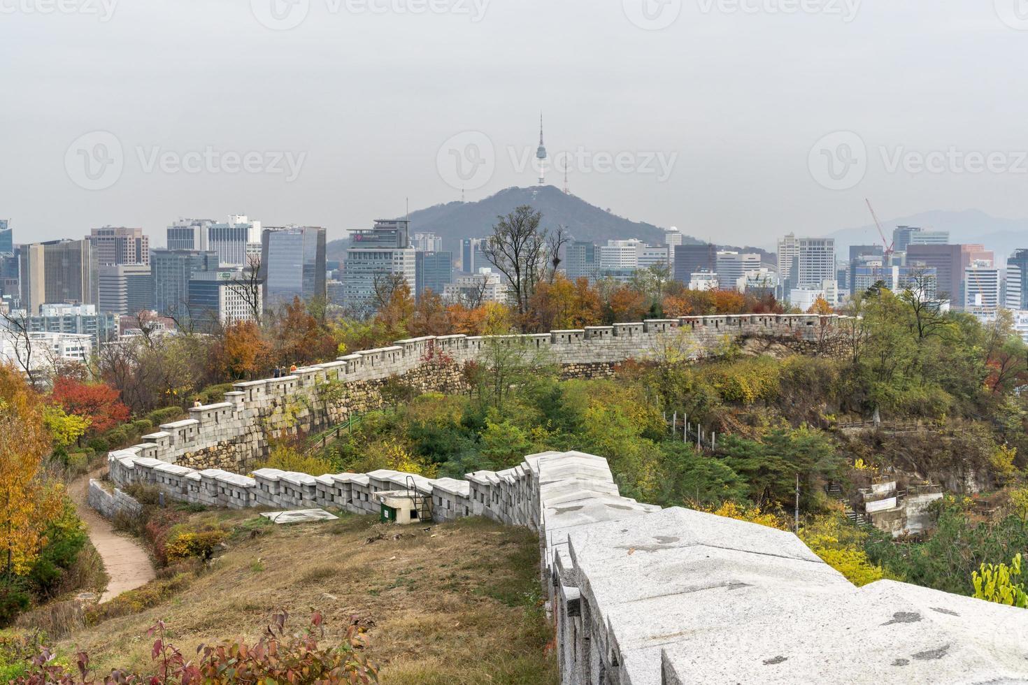 fästningen vägg i Seoul foto