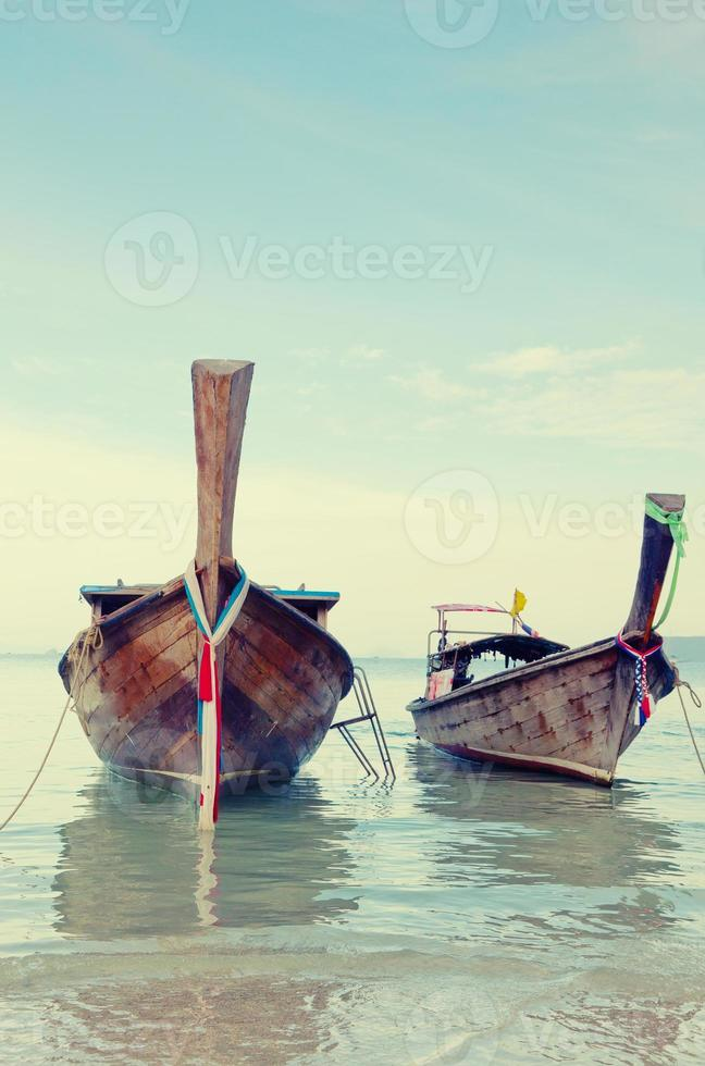 longtail, den traditionella thailändska båten foto