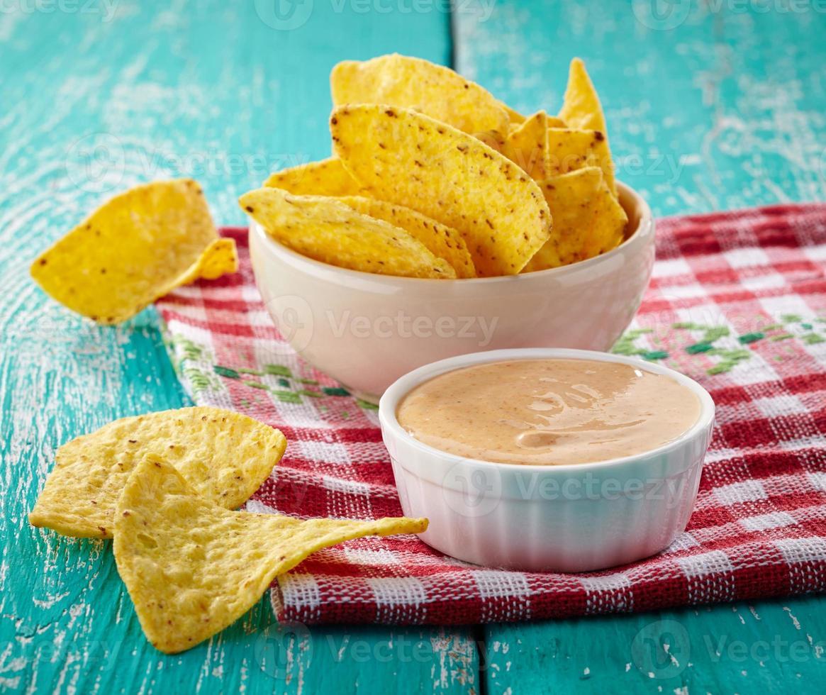 nachos och dopp foto