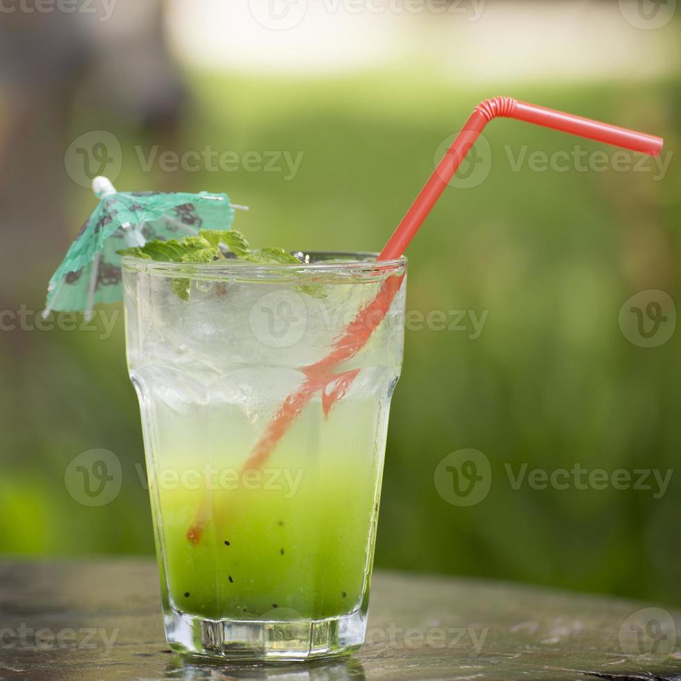 kiwi juice soda foto