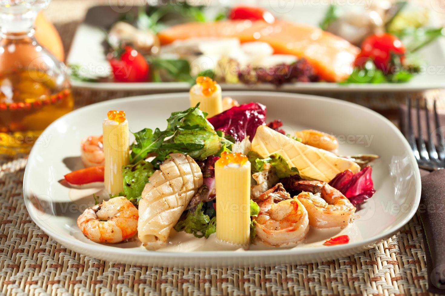 skaldjur med pasta foto
