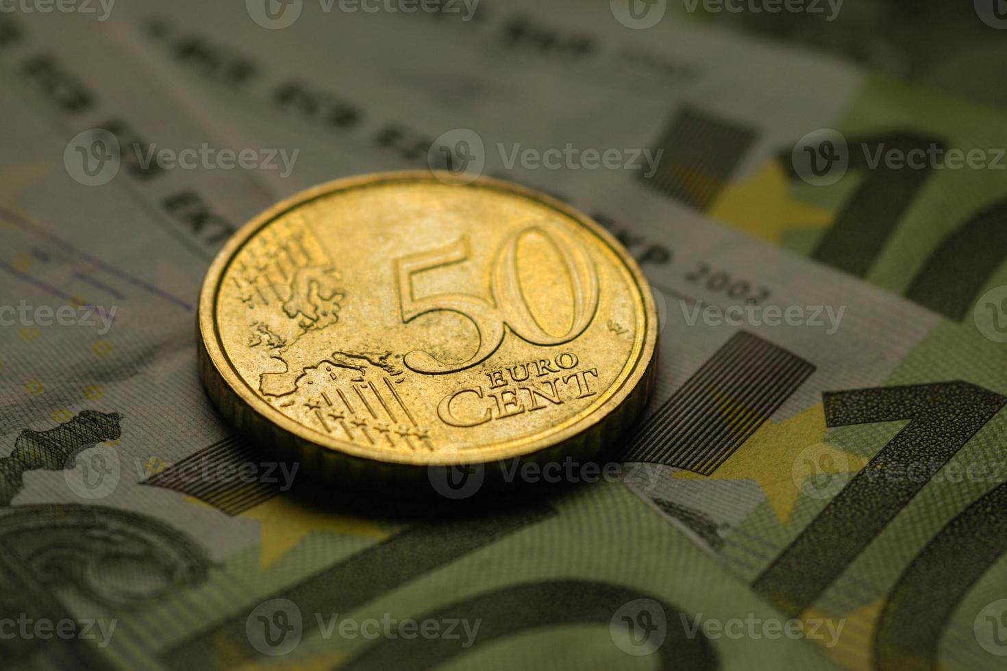 euromynt och sedlar. foto