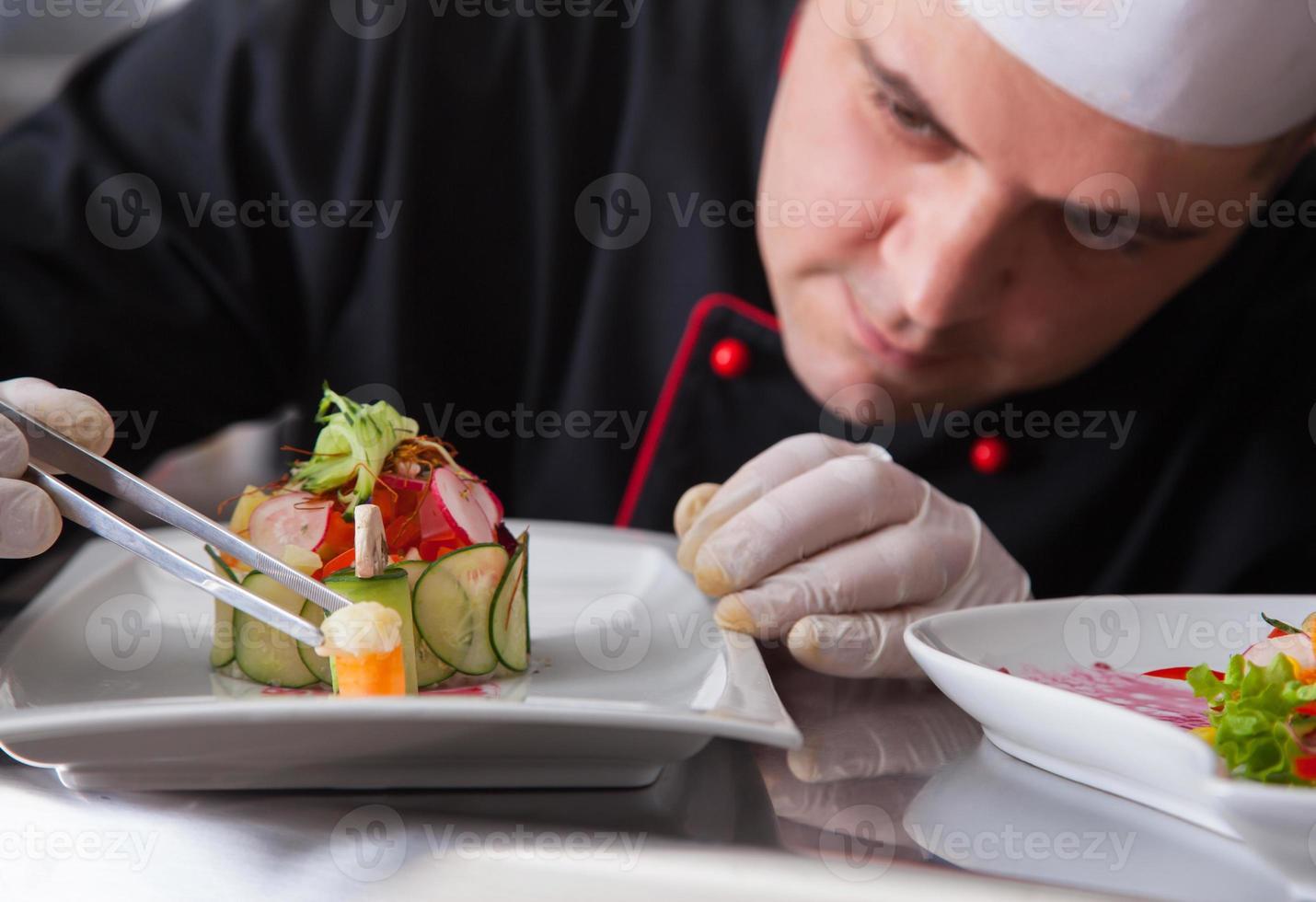 förbereder mat foto