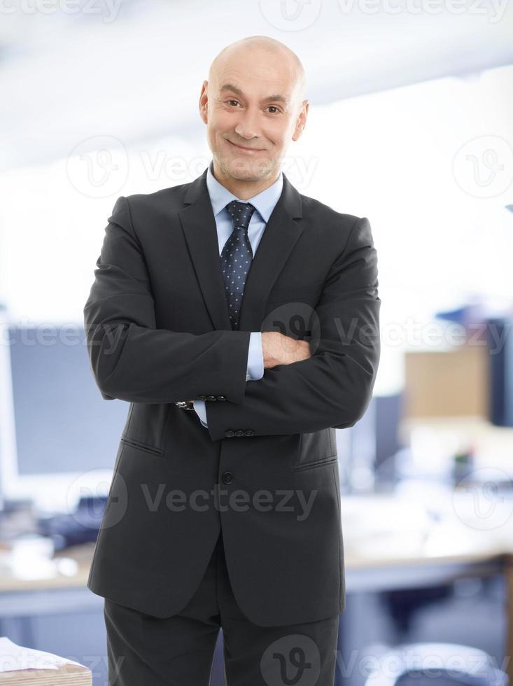 äldre affärsman porträtt foto