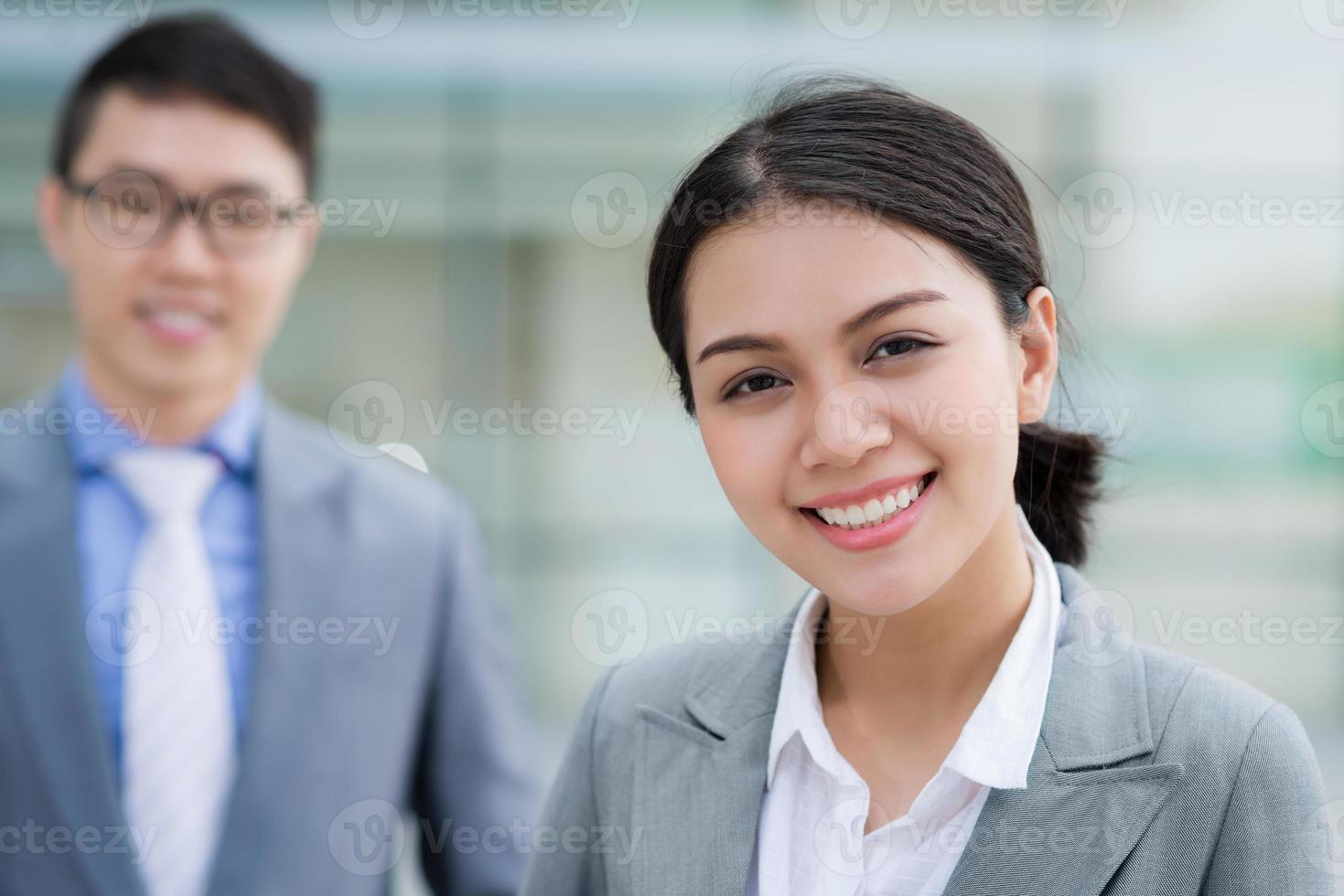 härlig affärskvinna foto