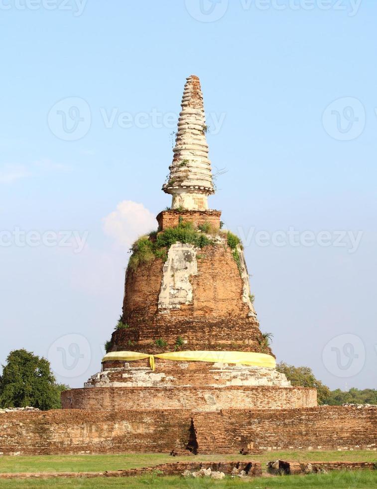 gamla thailändska tempel foto