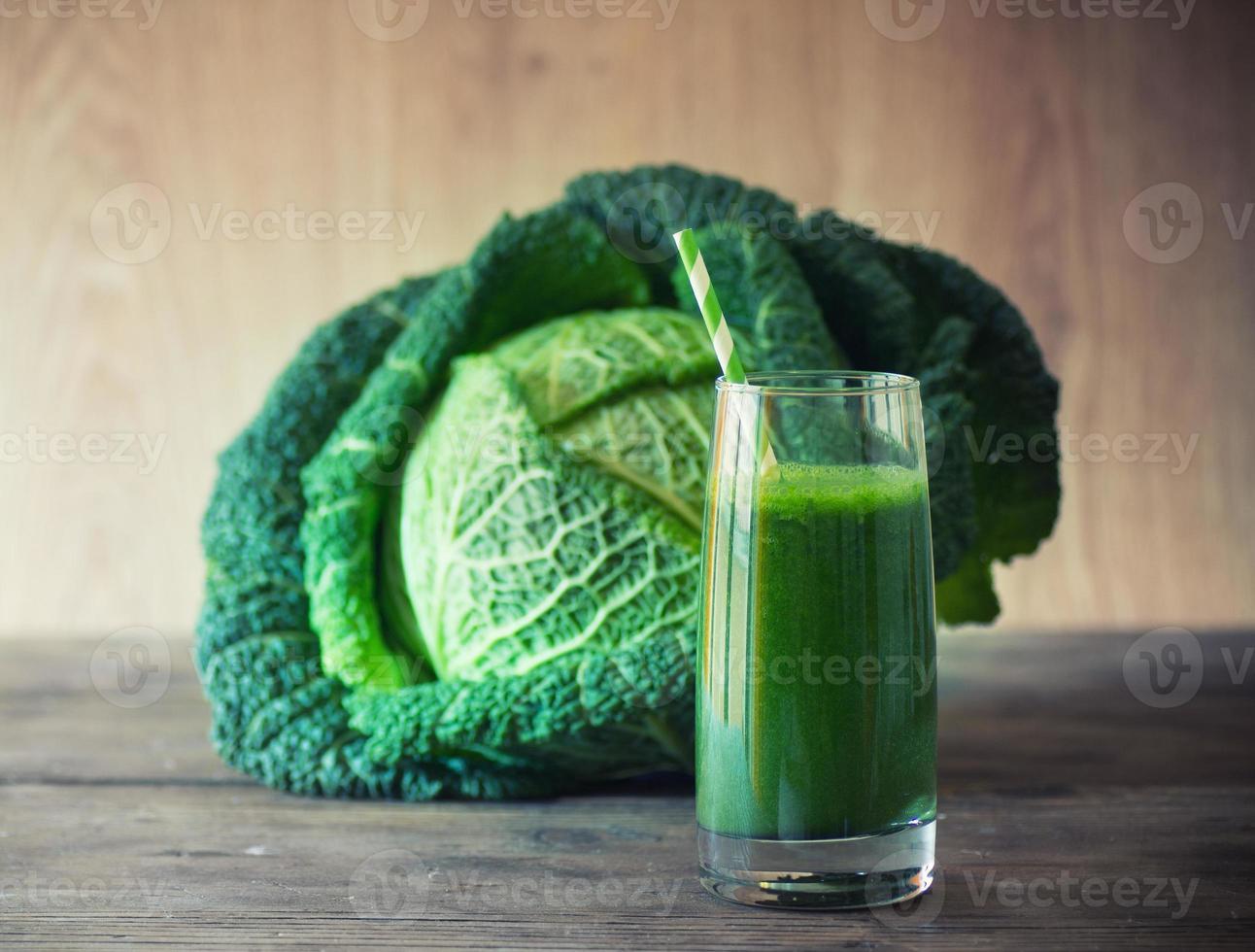 grönkålsmoothie foto