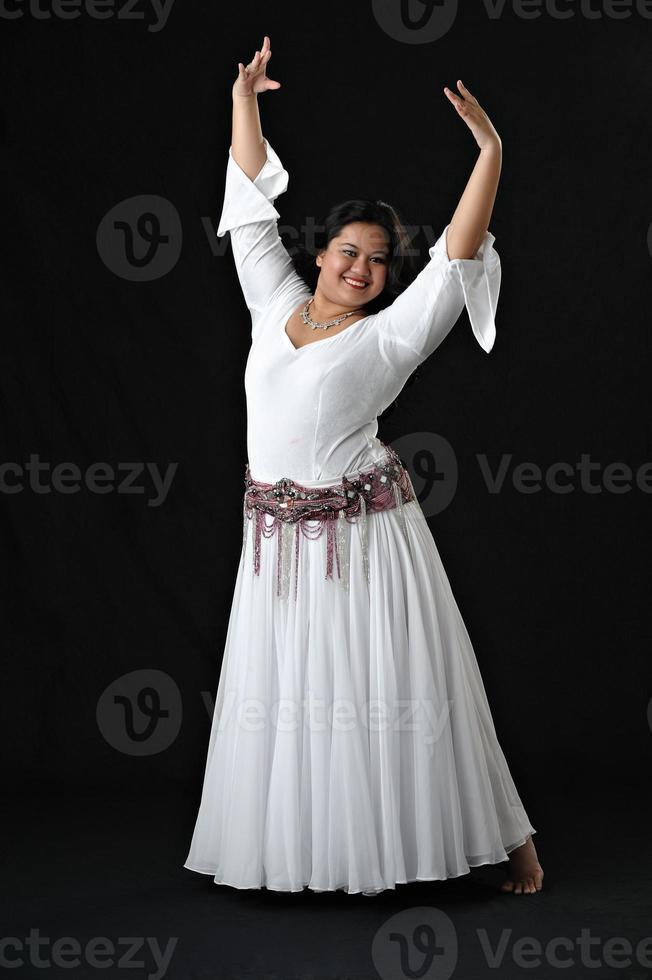 asiatisk magdansare foto