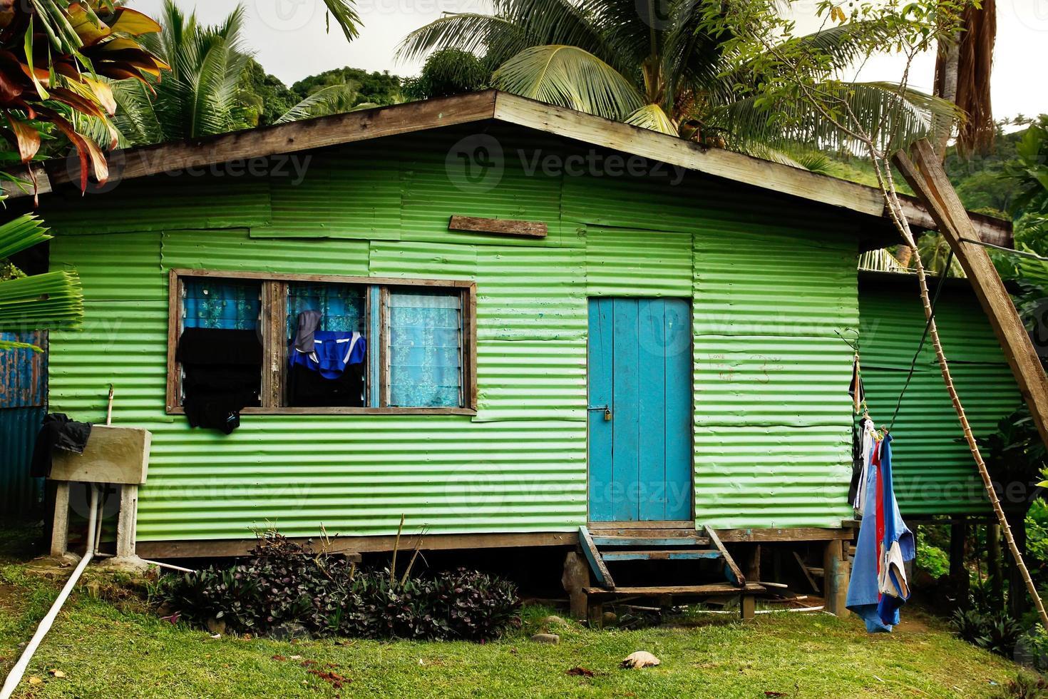 lokalt hus, Vanua Levu Island, Fiji foto