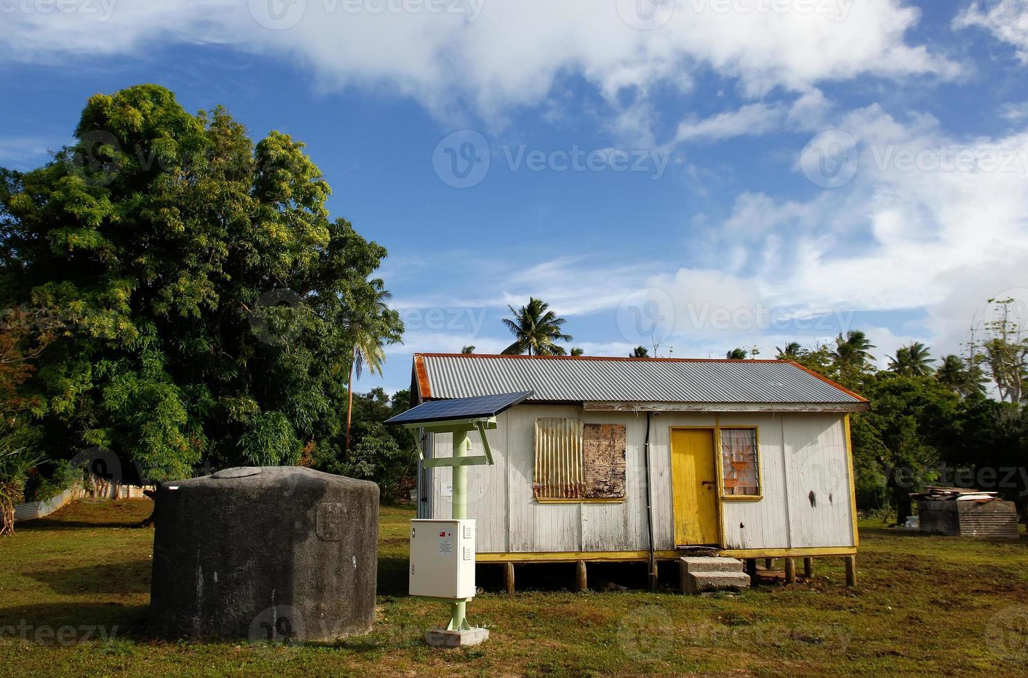 lokalt hus på ön ö, tonga foto
