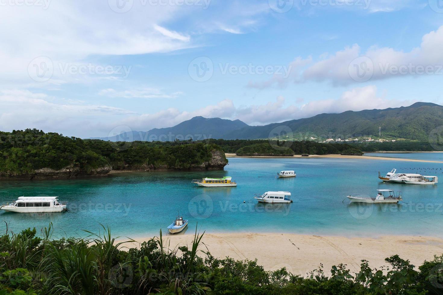 Kabira Bay på Ishigaki Island, Okinawa Japan foto