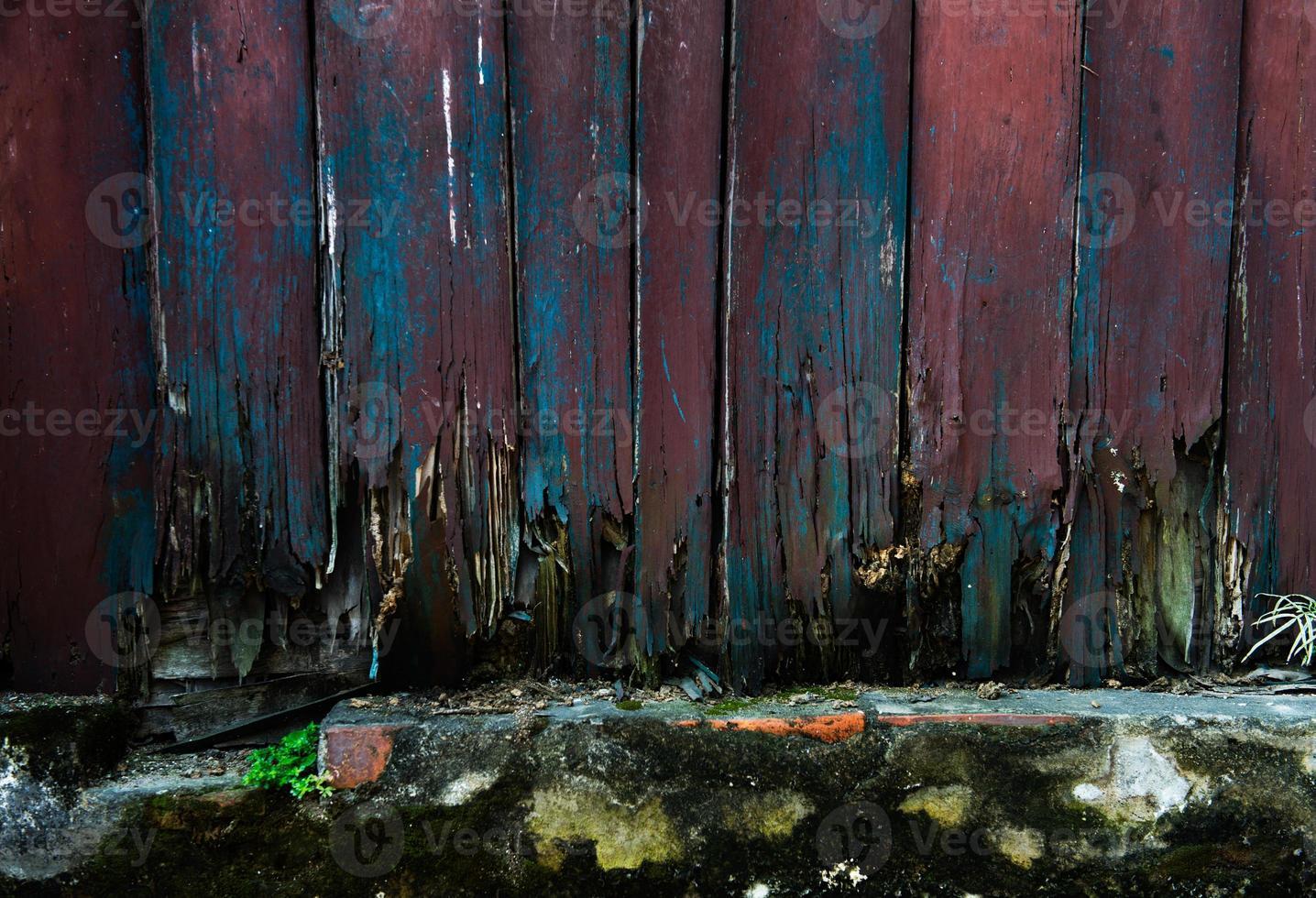 gamla träplankor foto