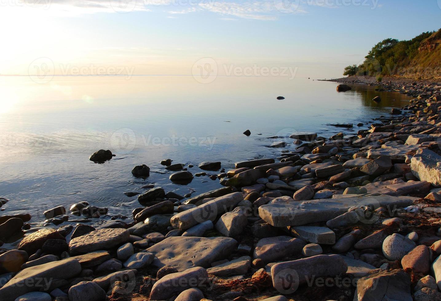 lugnt vatten foto