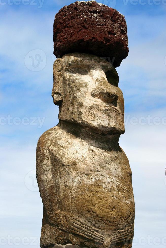 ahu tongariki, moai på påskön foto