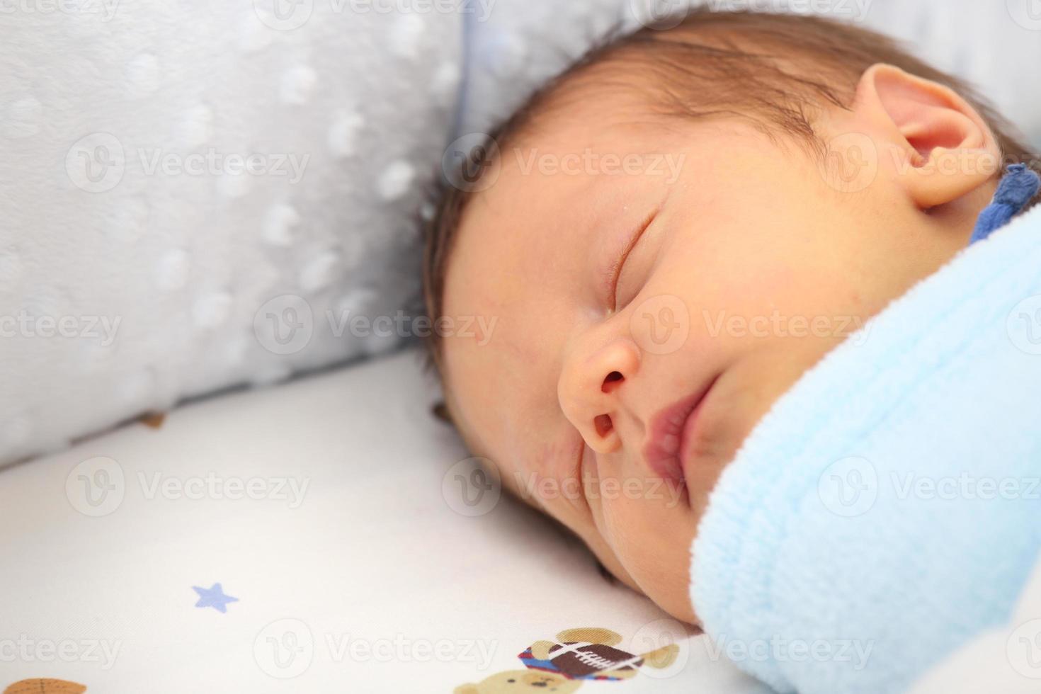 nyfödda sova foto