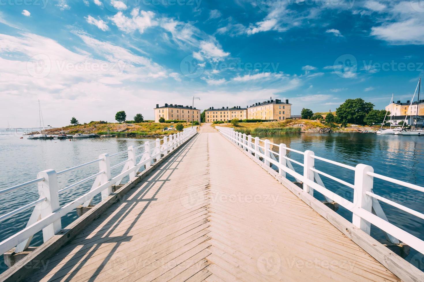 havsfästning. bostadshus vid suomenlinna i Helsingfors, foto