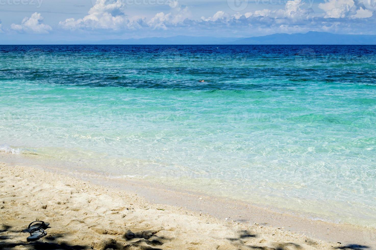 stranden är all din att njuta av foto