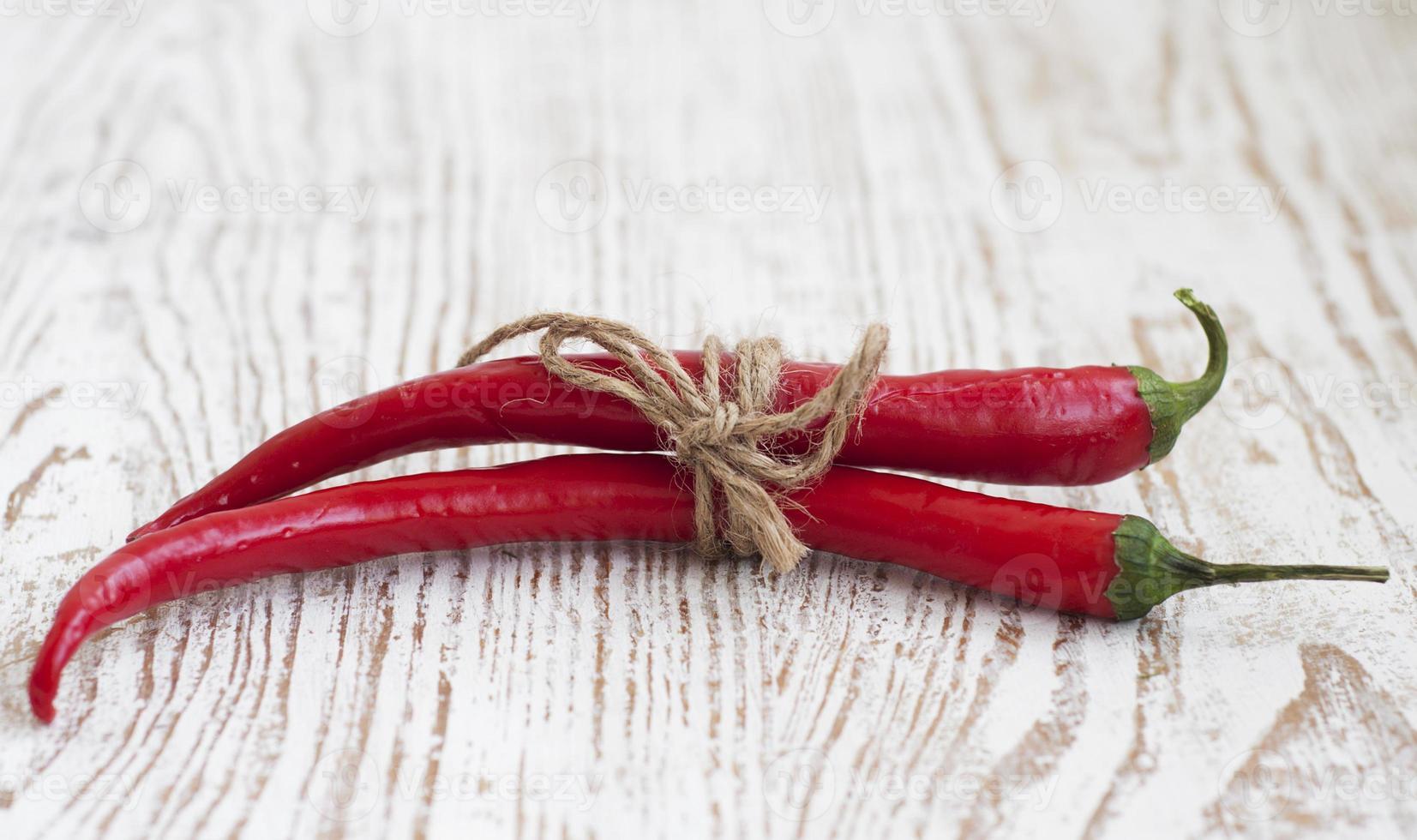 röda varma paprika foto