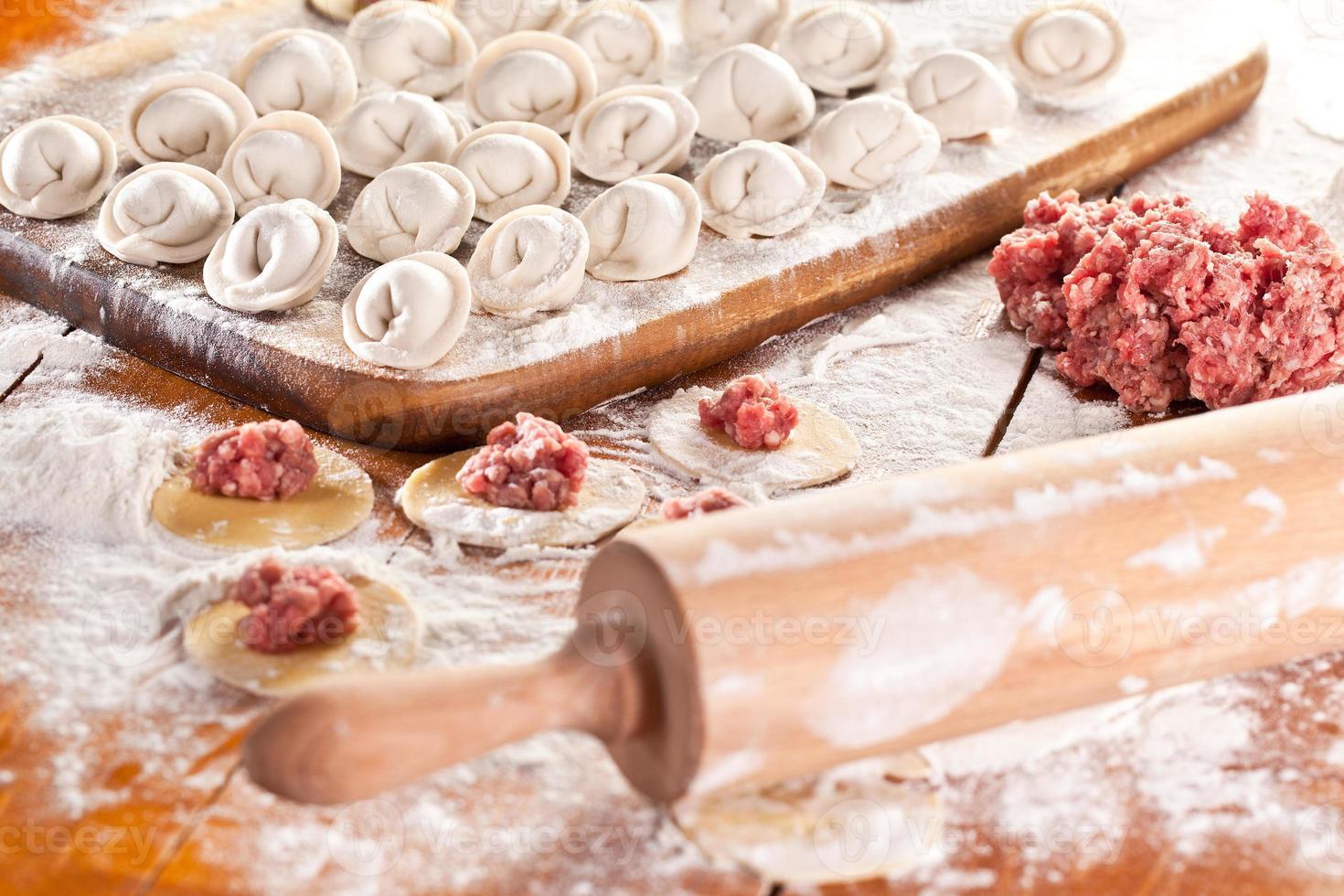 klimpar. matlagningsprocess. foto
