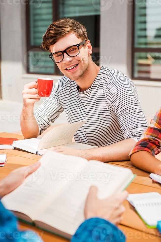 kaffe för studieinspiration. foto