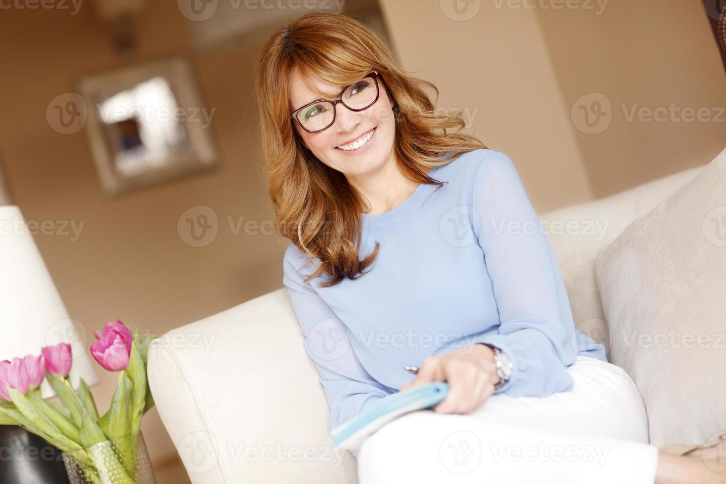 attraktiv mogen kvinna foto