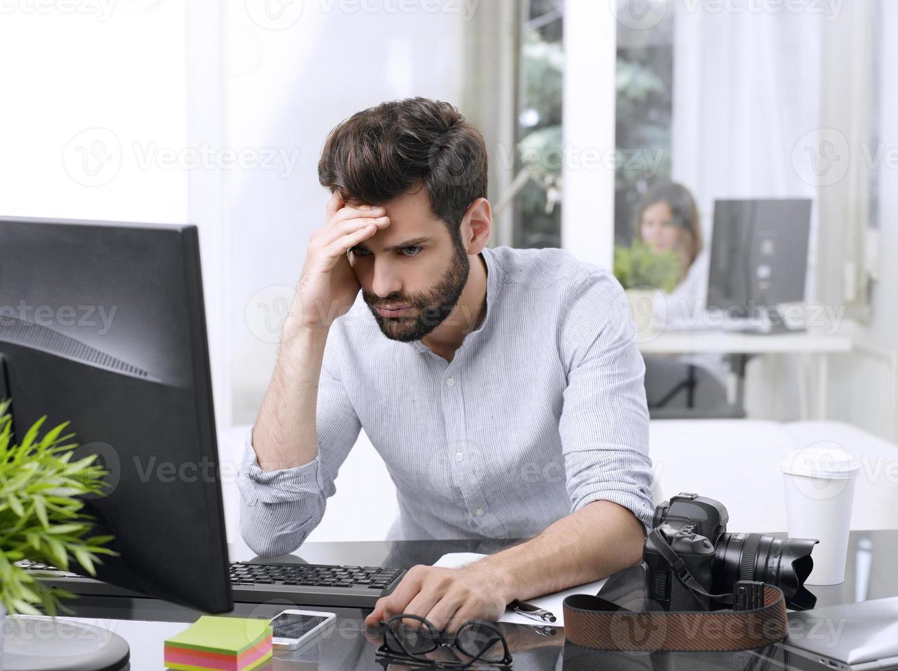 orolig affärsman porträtt foto