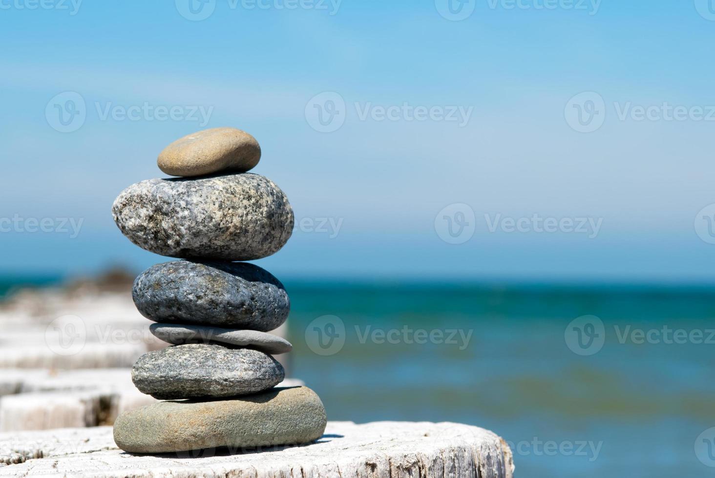 torn av stenar foto