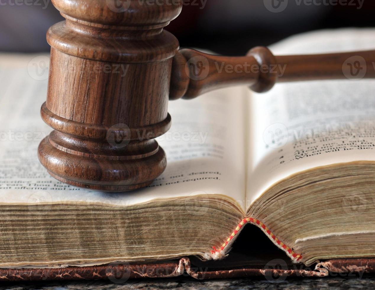 rättsliga beslut foto