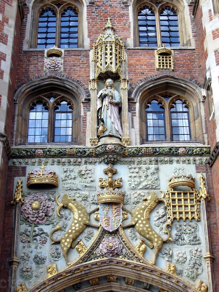 ingången till St. John College i Cambridge, Storbritannien foto