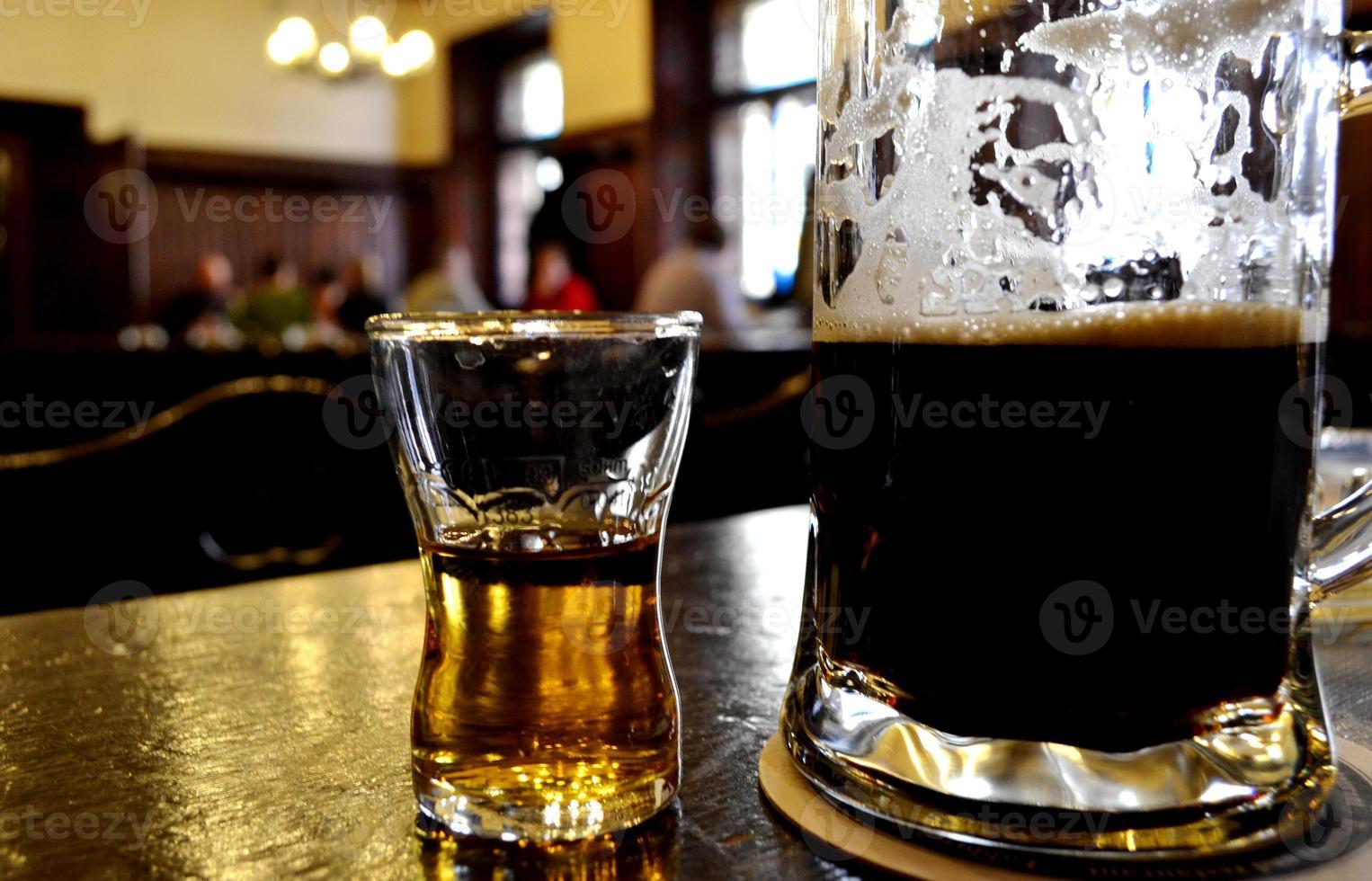 öl och dryck foto