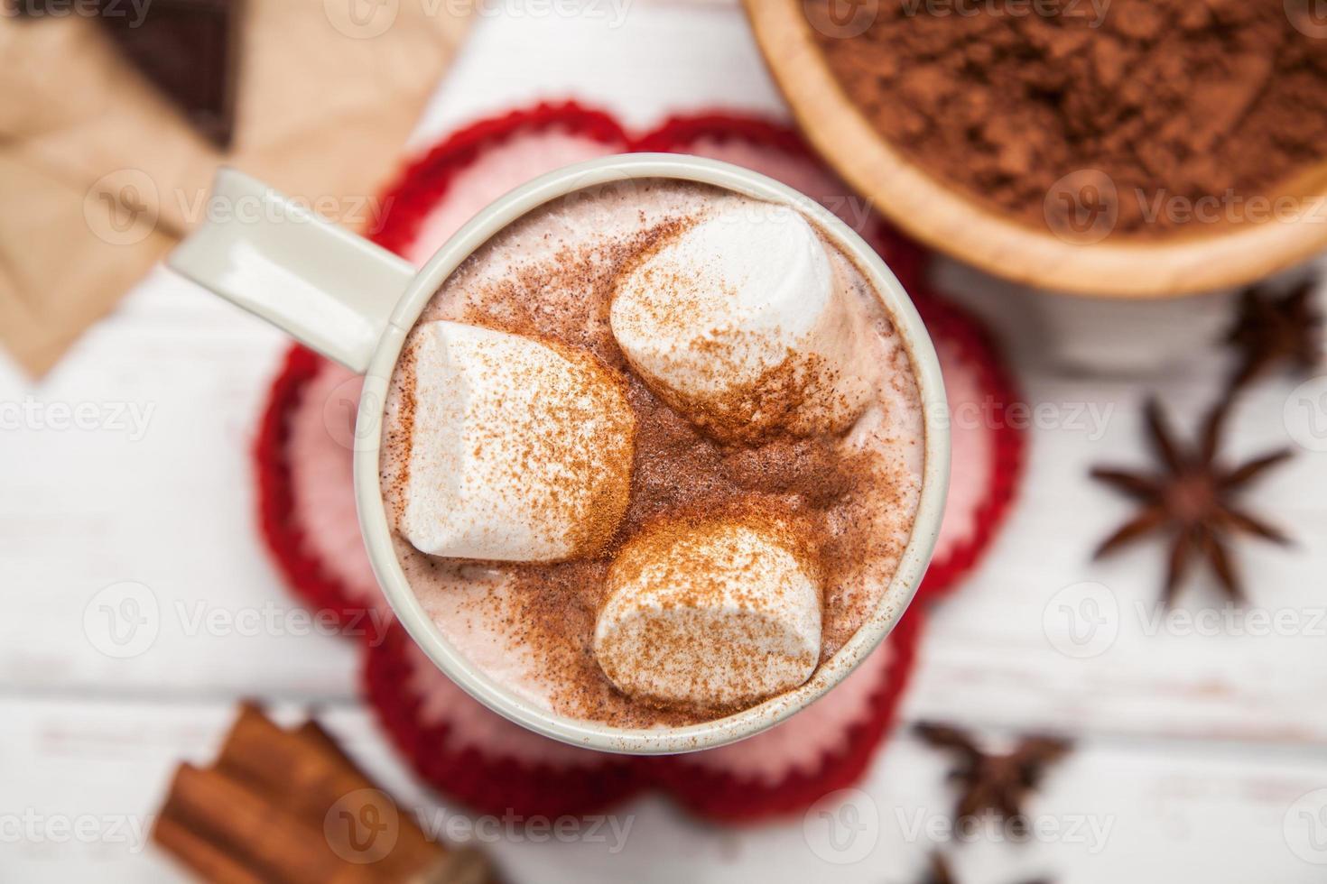kakaodrink med marshmallows foto