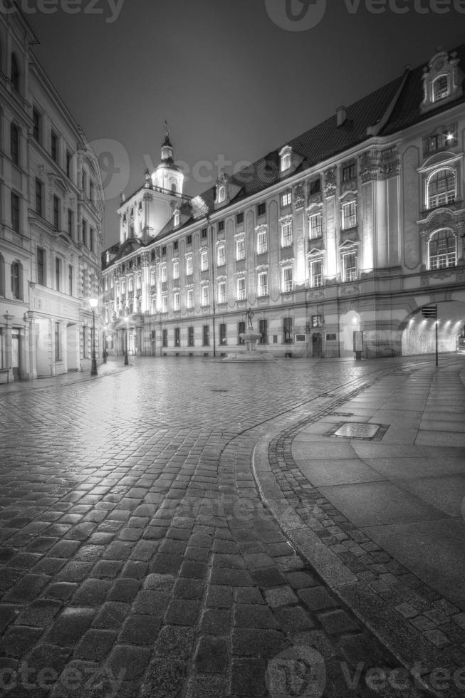 universitetet i wroclaw i svartvitt foto
