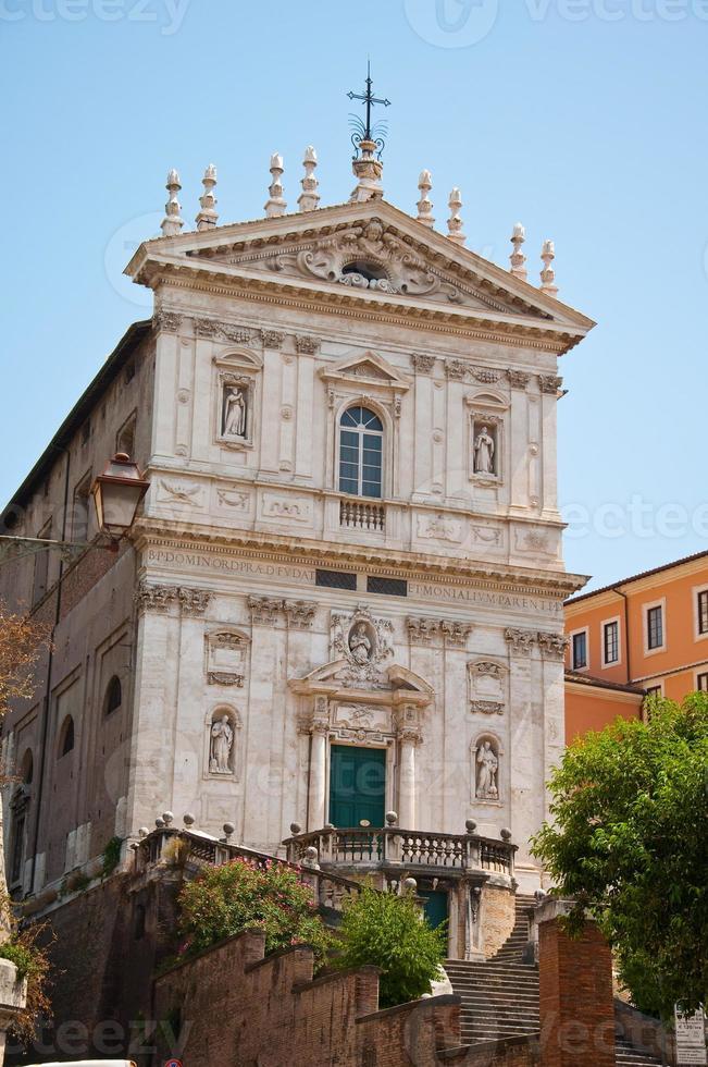 kyrkan santi domenico e sisto. Rom, Italien. foto