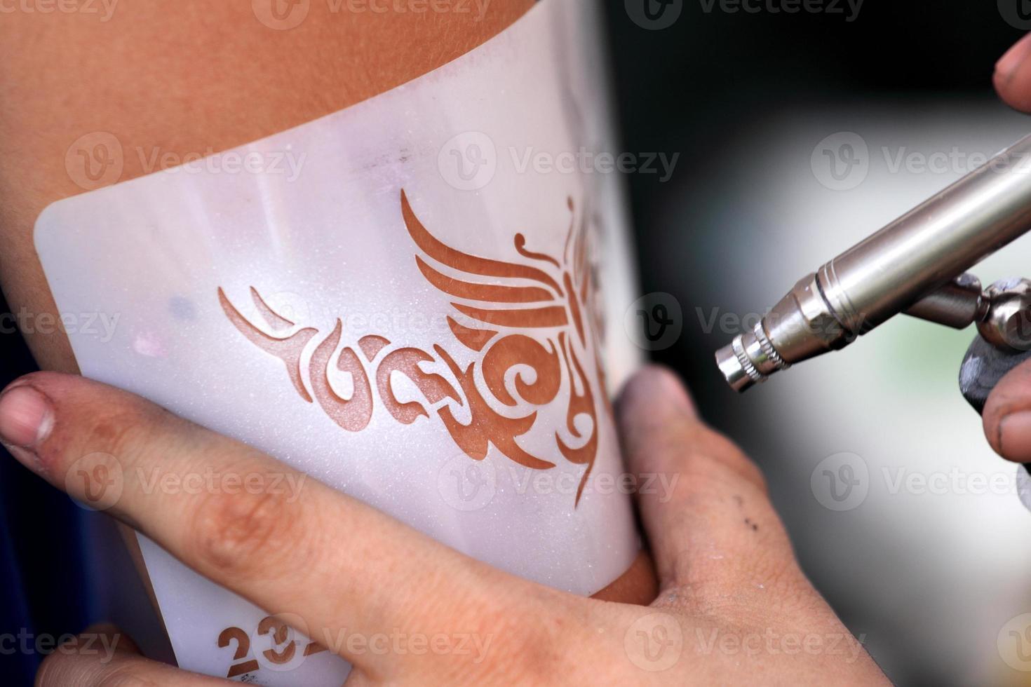 luftborste tatuering foto