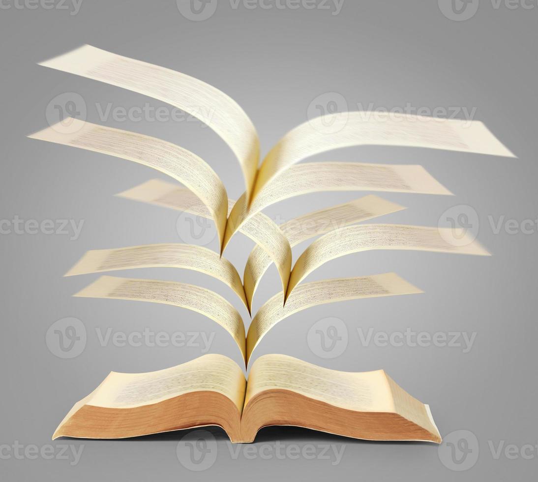 bok med fantasihistorier foto