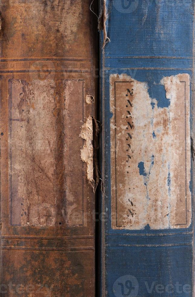 ändarna på den gamla bokbakgrunden foto