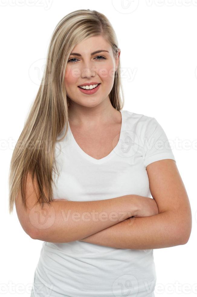 säker tonårig blond flicka foto