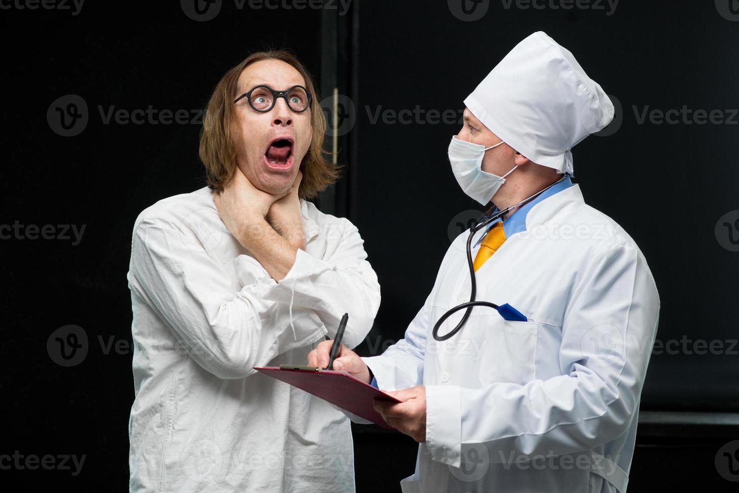 läkare och patient foto